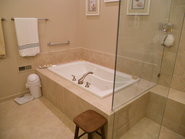 Bathroom Remodel In Cincinnati Kitchen Bath Innovations - Bathroom remodeling contractors cincinnati ohio