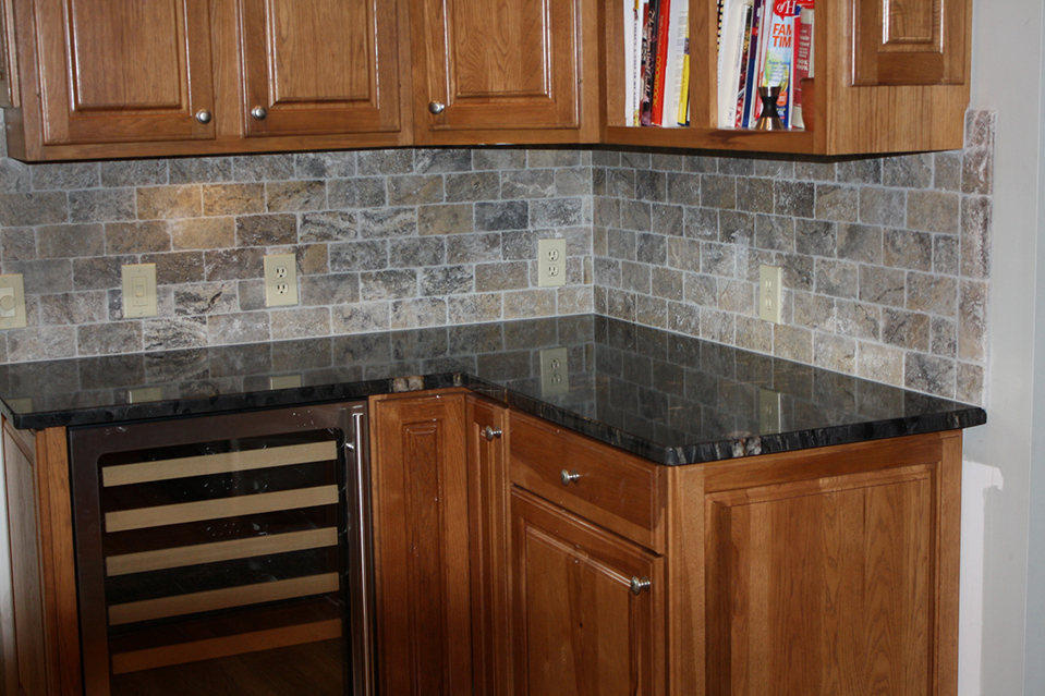 Cincinnati Kitchen Design With Back Splash