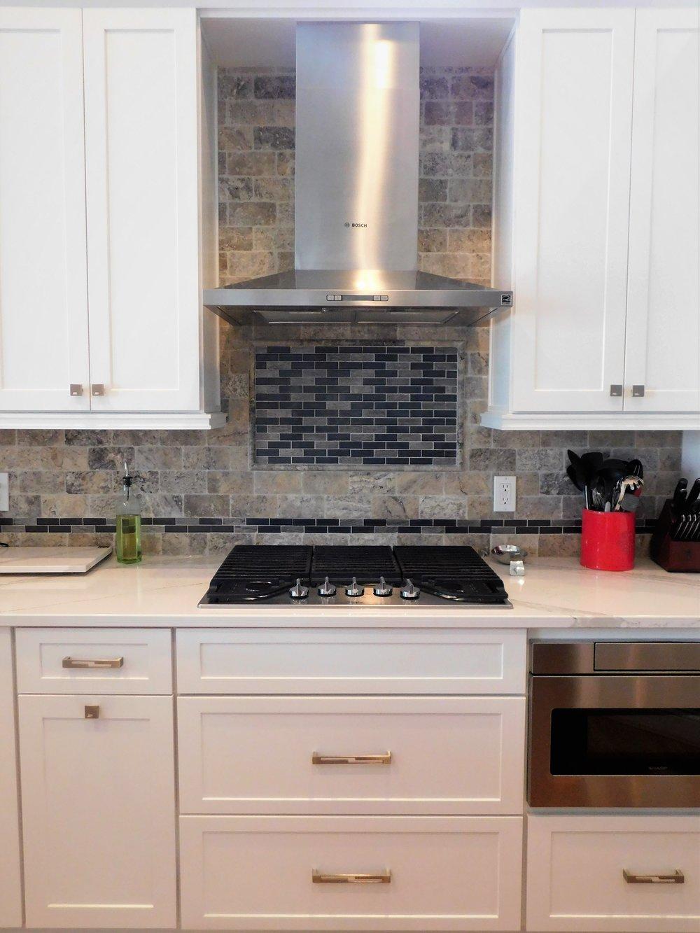 H-kitchen 2.jpg