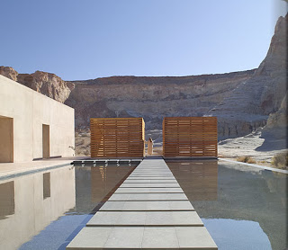 giri_spa_reflection_pool_alb.jpg