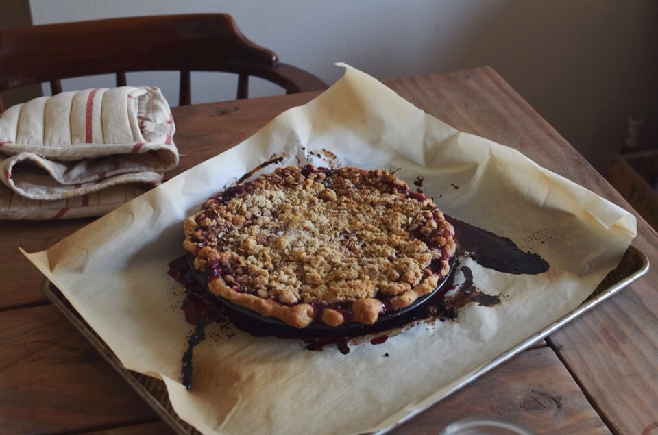almond-crumble-cherry-pie.jpg
