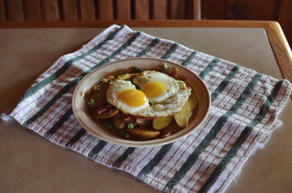 pea-hash-fried-egg.jpg