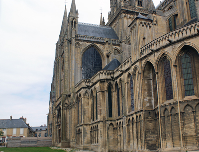 Bayeux Cathedral 1.jpg