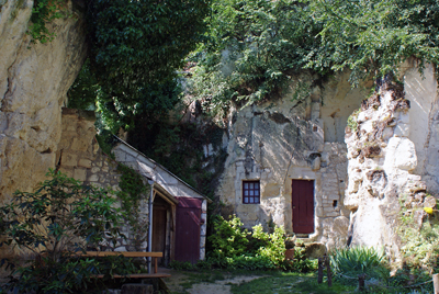 Troglodyte caves.jpg