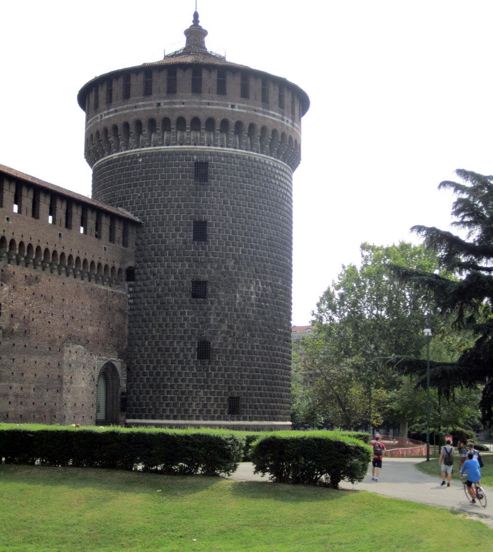 Castle 002.jpg