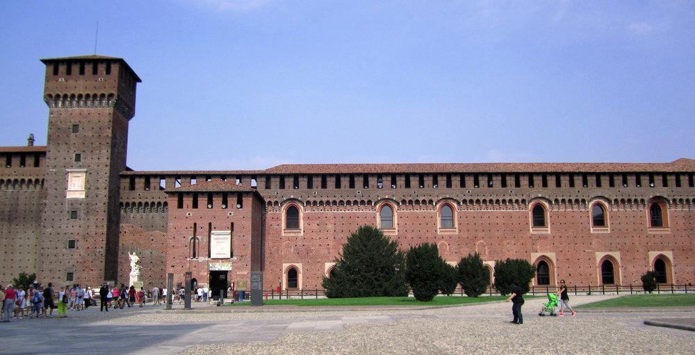 Castle 001.jpg
