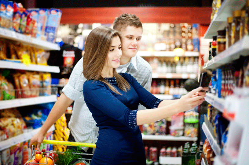 woman_and_man_in_grocery_aisle_with_mobile_device_iStock_000019172097Large_72dpi.png