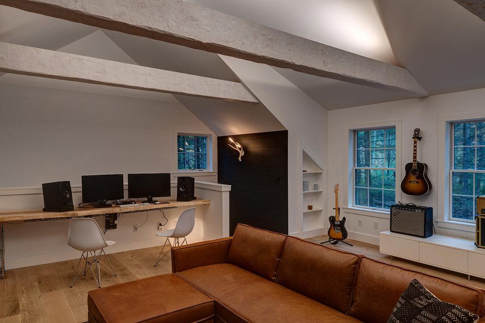 Creative-construction-Samsonville-Garage-03.jpg