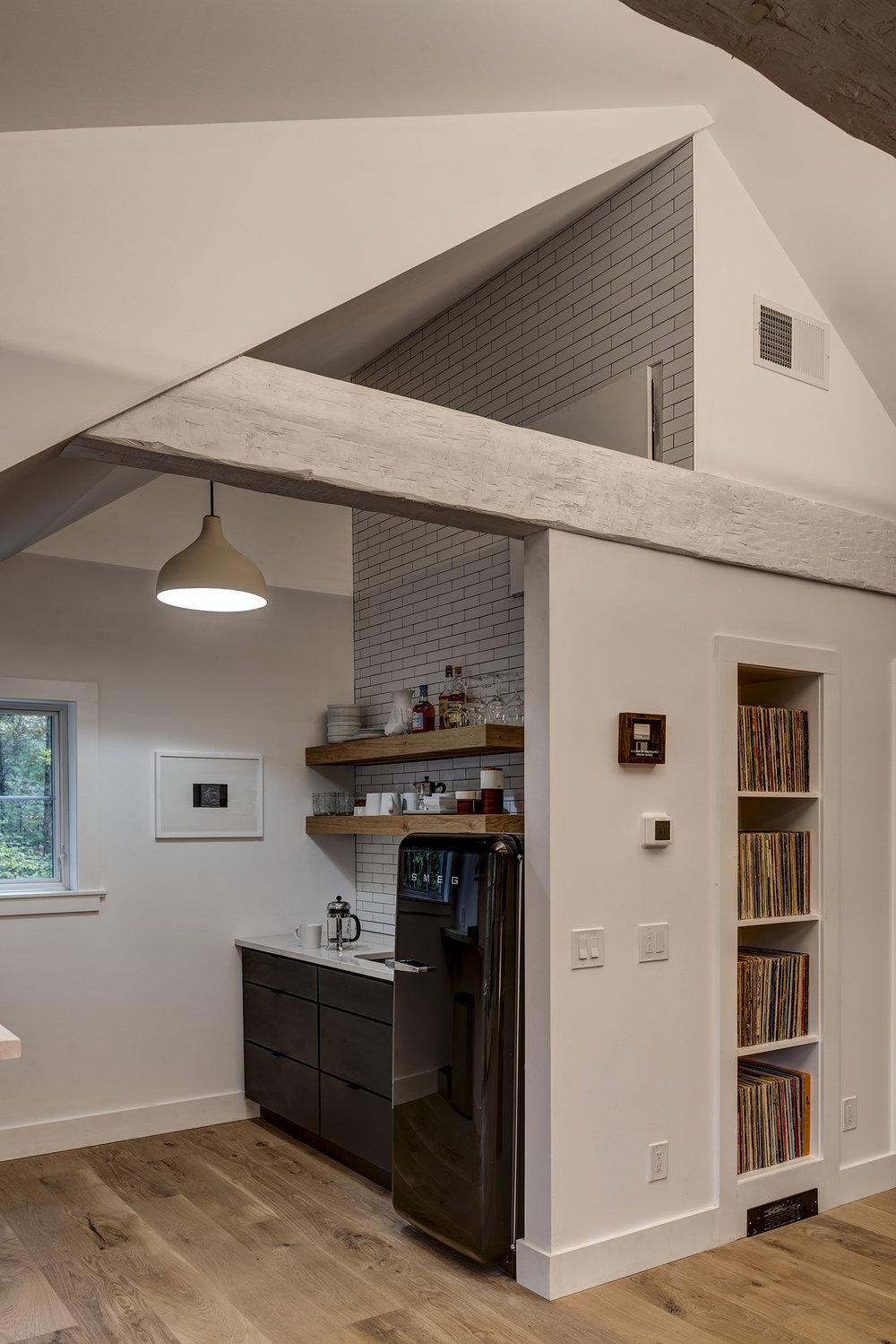 Creative-construction-Samsonville-Garage-08.jpg