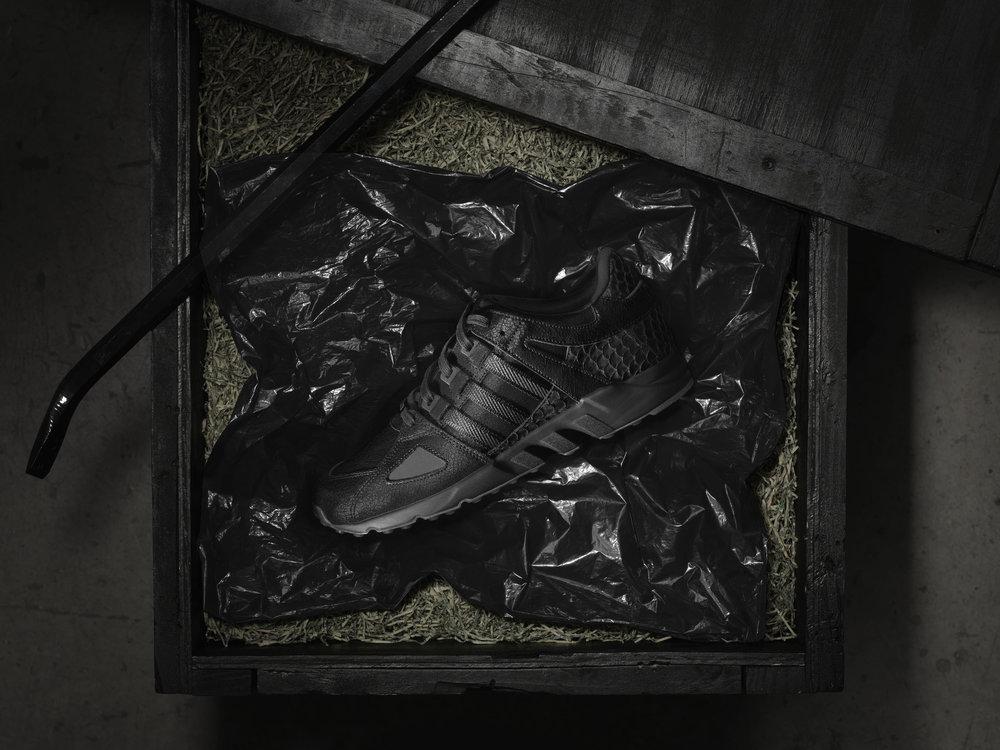 adidas_KingPush_ProductImagery_Packaging_OnBag.jpg