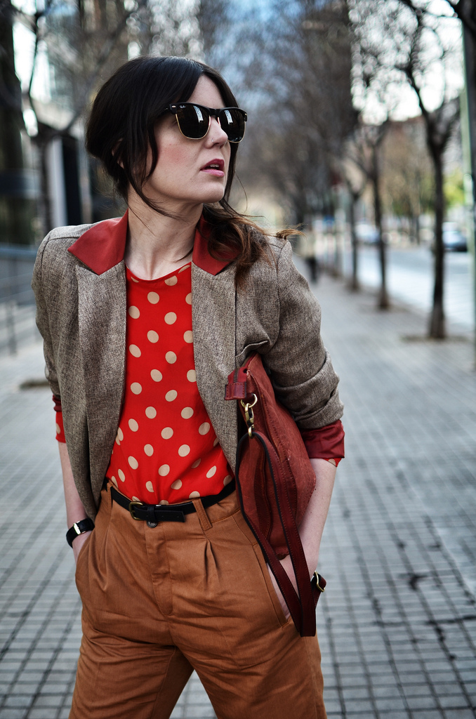 The combination of the chiffon-like blouse and the heavier blazer creates a perfect dapper-tomboy contrast. | From: viewsbylaura.com