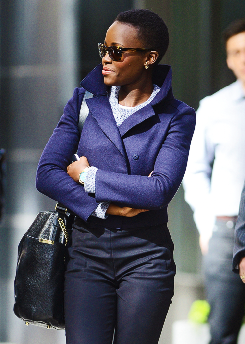 Take note kids, pop your collars. I don't want to take away from the sheerbrilliance of Lupita, so I'll stop my comment here. | From: thisisrome.net