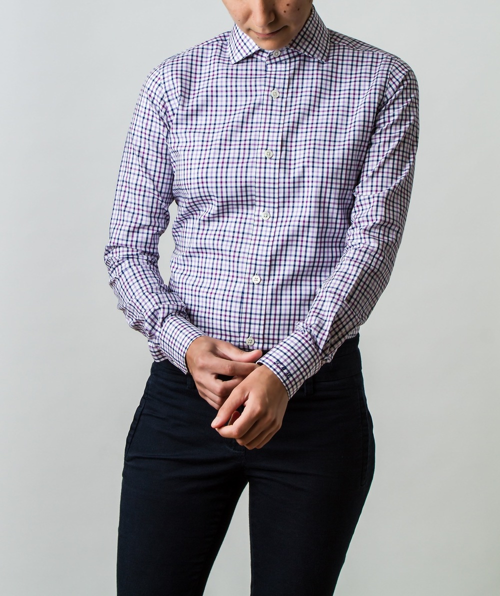 How a well tailored shirt is supposed to fit qwear for How much to get a shirt tailored