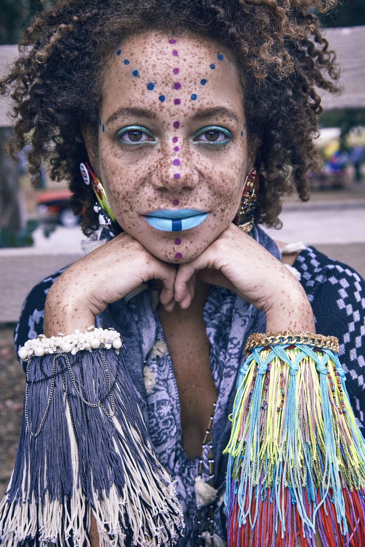 Earrings & bracelets Burkinabae, scarf & shawl stylists own