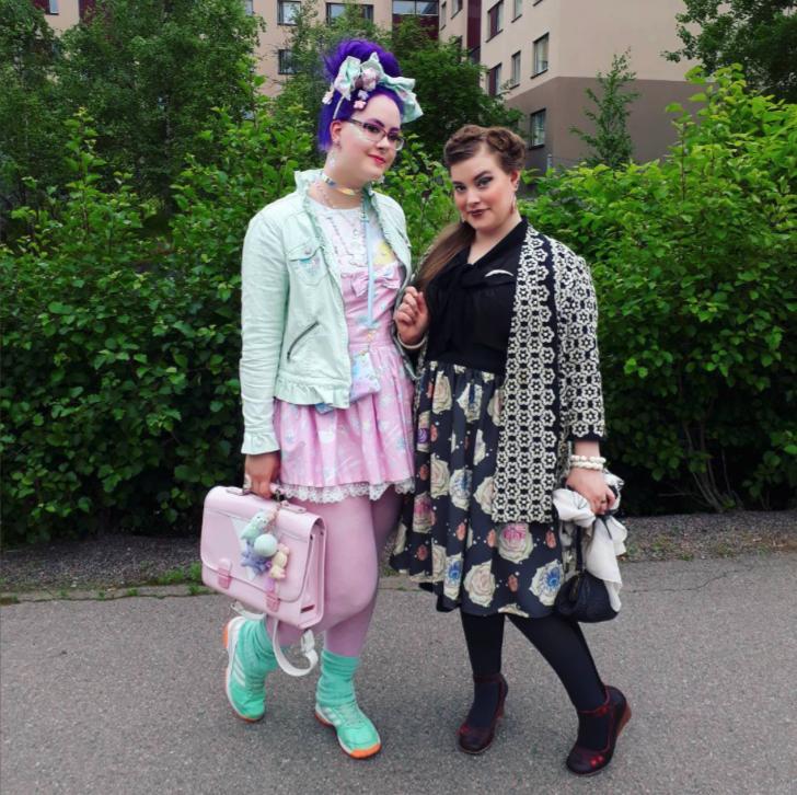 """illves : """"Mah gurls looking so fine. 💖  #pridehelsinki2017   #pride   #lgbtaq """""""