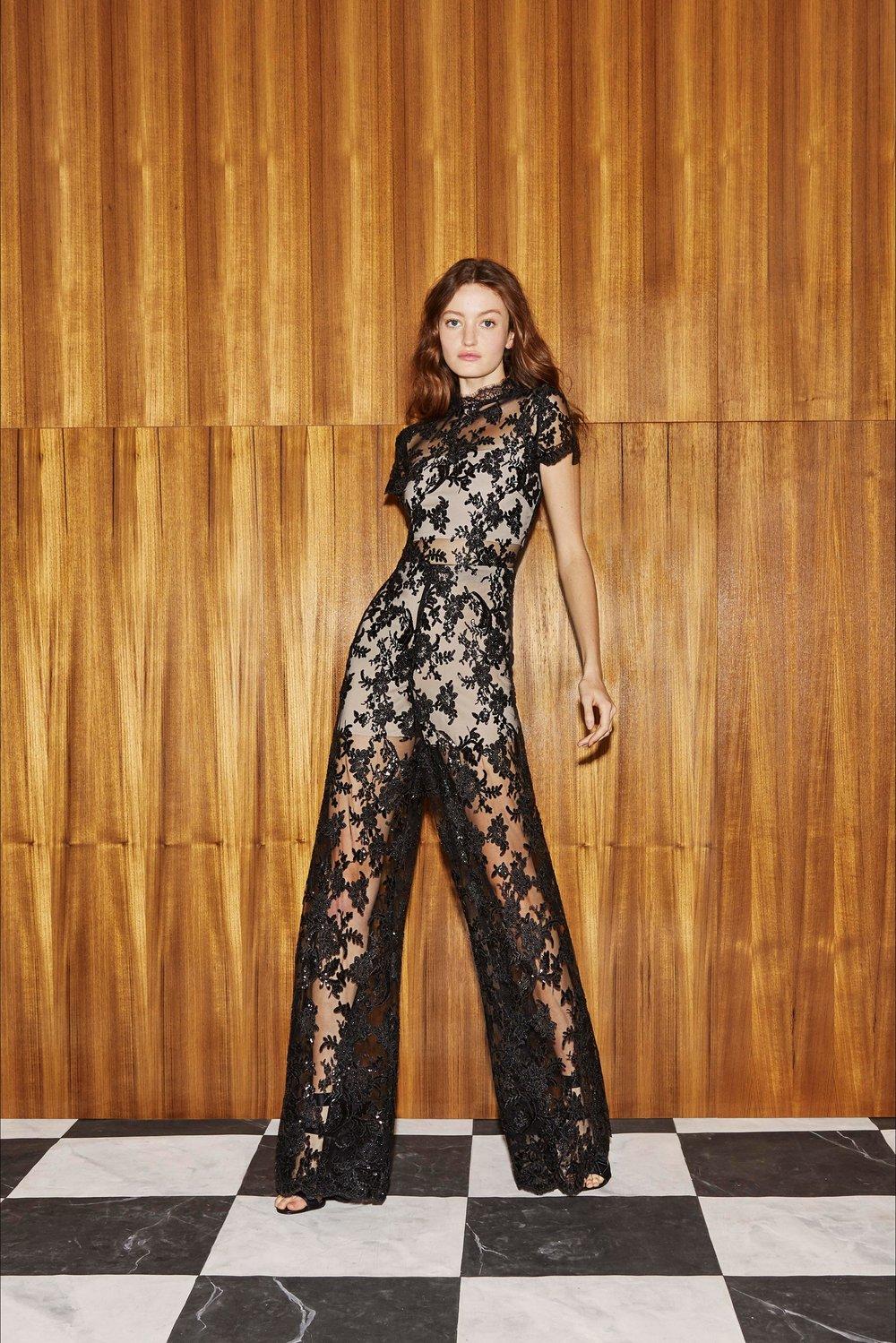 Pre-collezioni Primavera Estate 2019 Alice + Olivia COLLEZIONE From  Vogue
