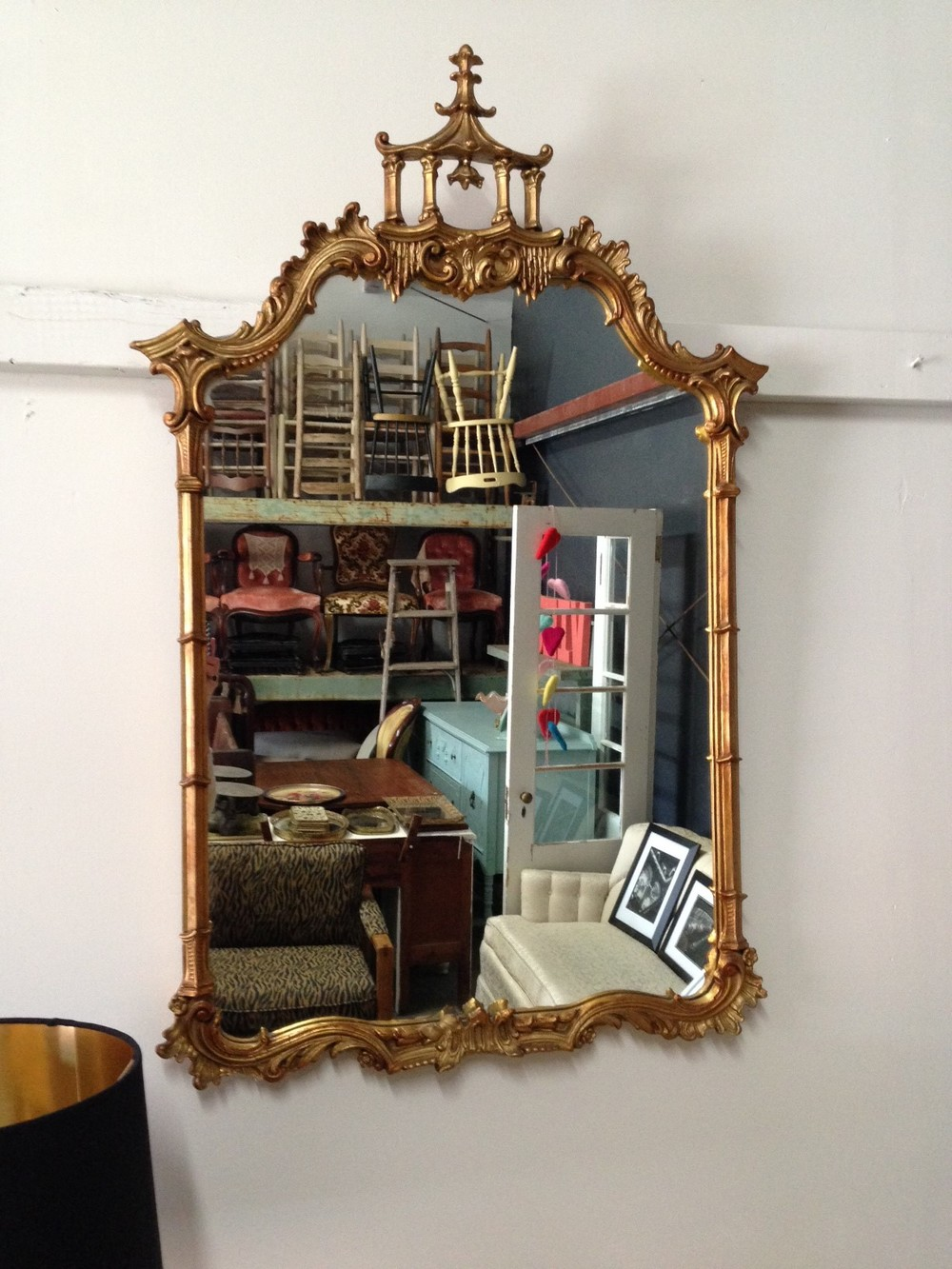 Pagoda mirror... I should have MADE room in my house for this one!!! But I can't keep everything I find. That's called hoarding and it's a serious disorder, so I'm happy that this guy found a forever home.