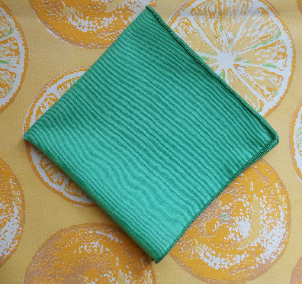 Green cocktail napkins (can't you see them with a monogram?!)