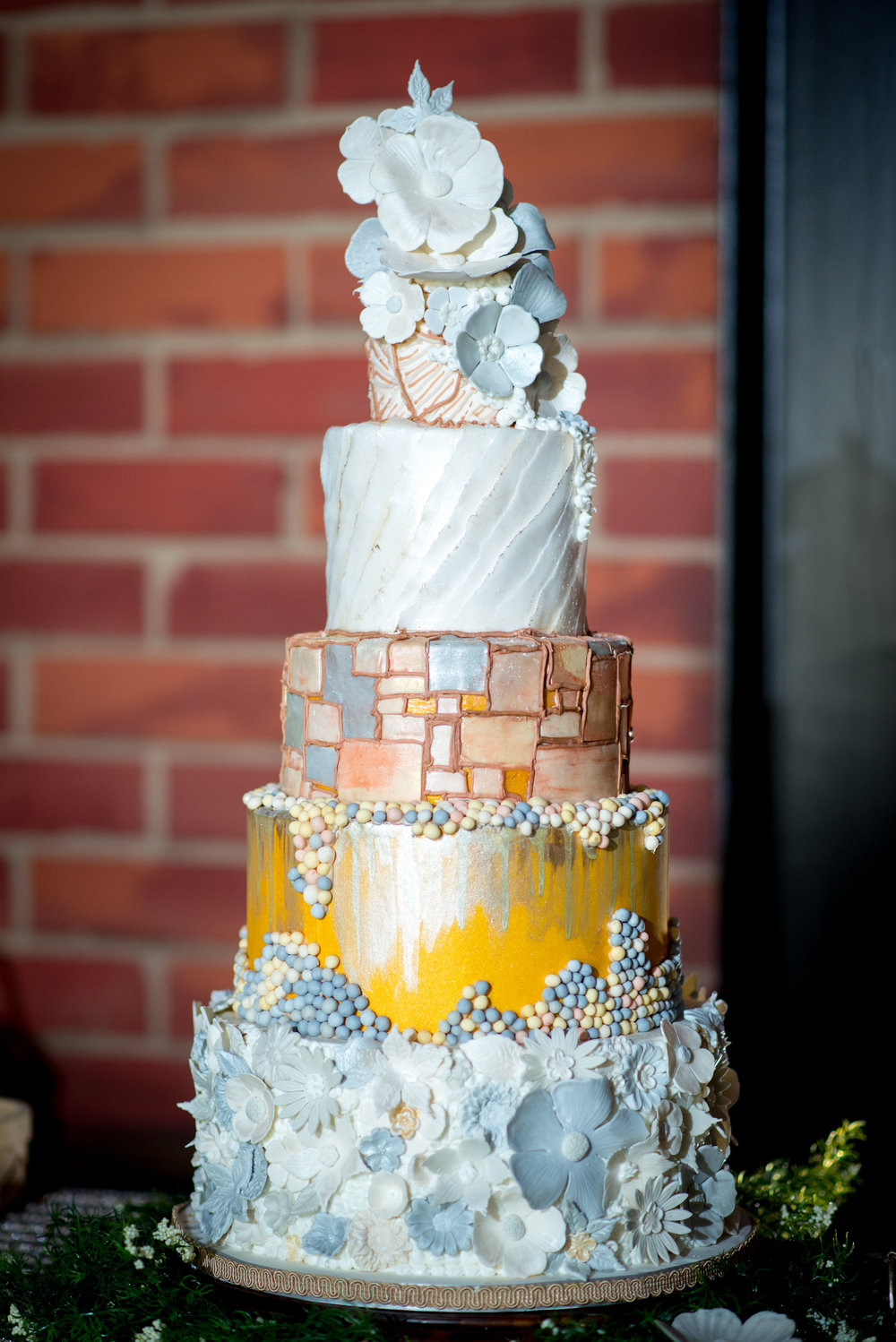 SweetWater Brewing Co Atlanta Wedding Planners | Beer Themed Brewery Wedding Cake | Scarlet Plan & Design