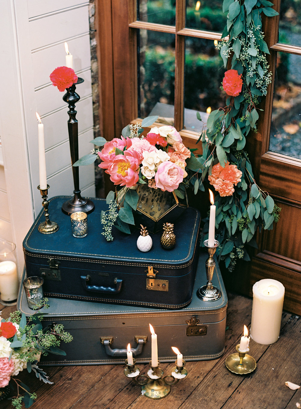 charleston elopement planners, scarlet plan & design, coral, tangerine, hot pink, peach intimate wedding (2).jpg