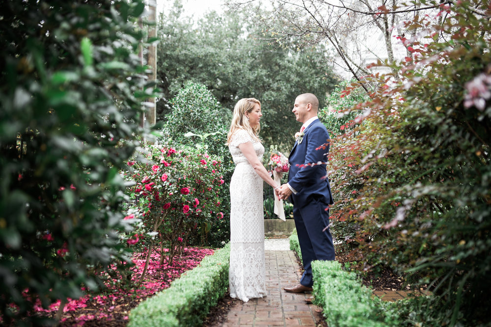 charleston elopement planners, scarlet plan & design, coral, tangerine, hot pink, peach intimate wedding (50).jpg