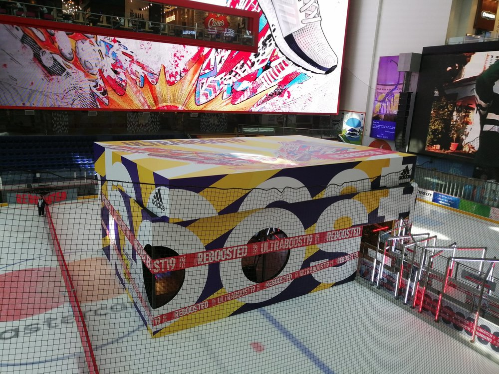 Check out this massive adidas Ultraboost shoebox at the Dubai Mall placed upon their indoor ice rink.