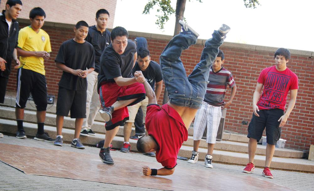0608 Street Performers 8.jpg