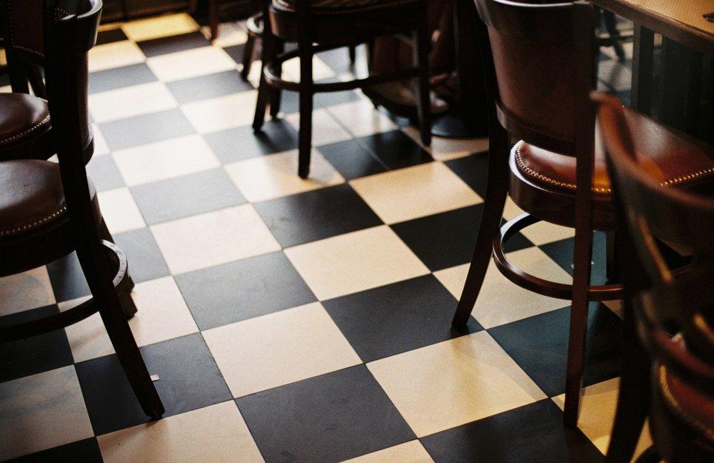vintage floor tiles / gare de l'est