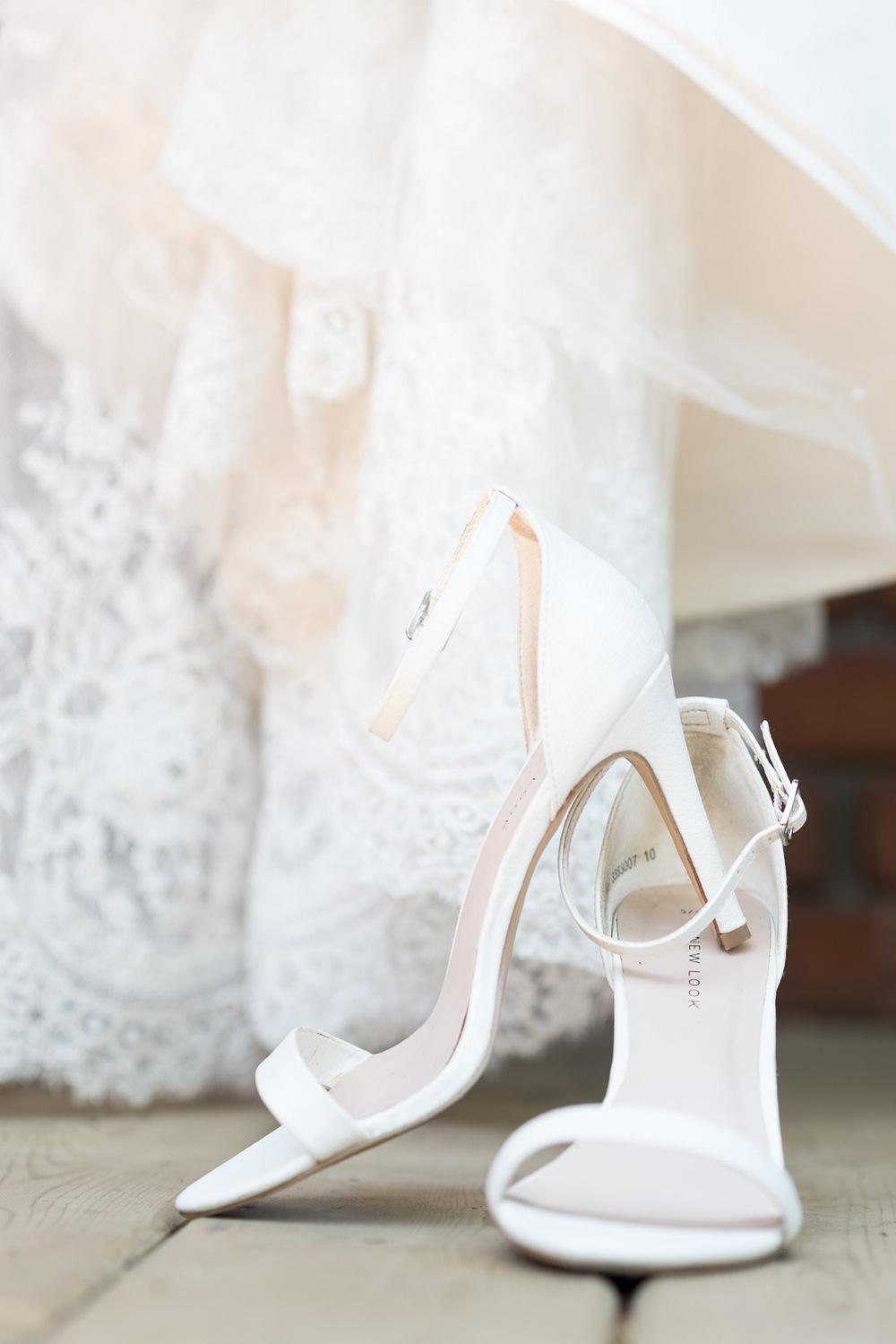 S&M_TORONTO_WEDDING_PHOTOGRAPHY_003.jpg