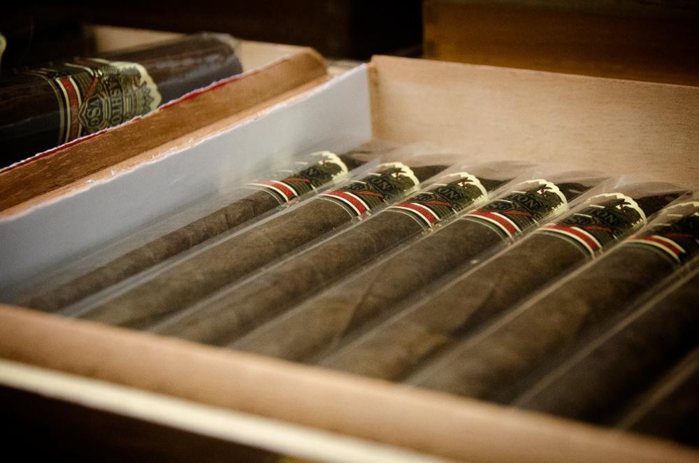 DTC Cigar Store Shop Bar