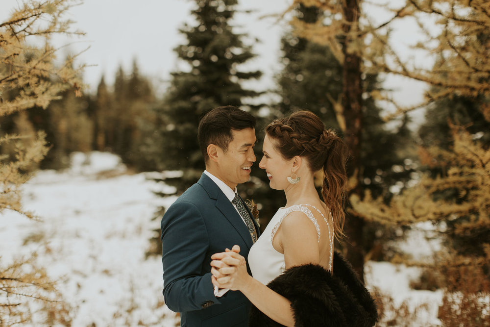 AK_Wedding_MountainPortraits-73.jpg