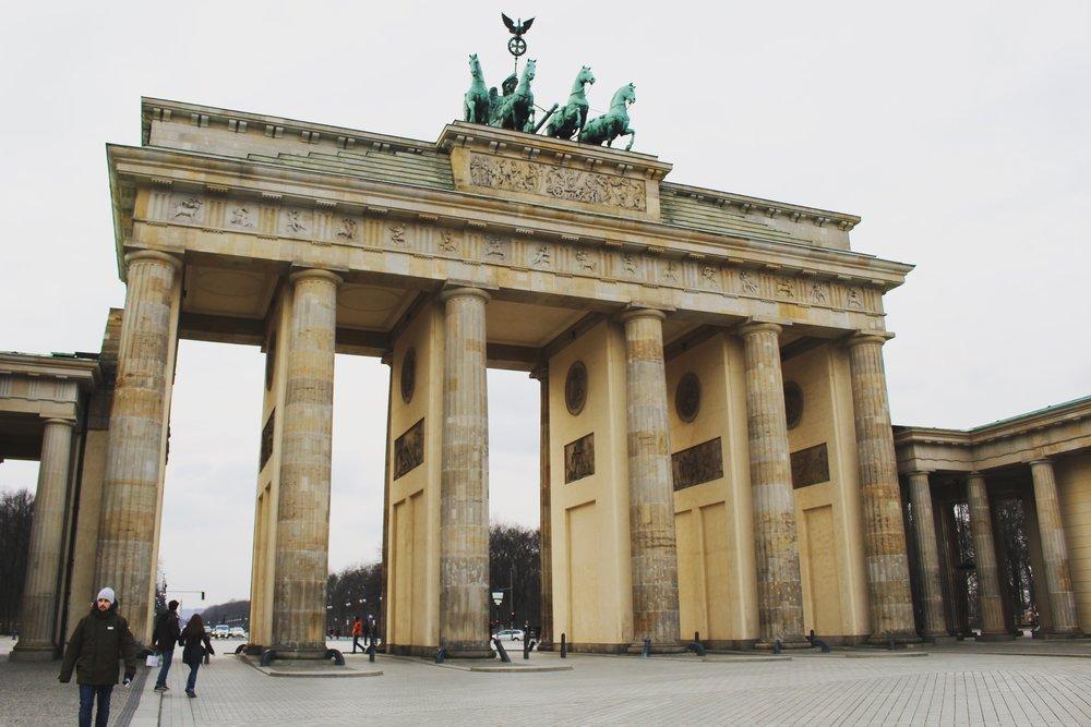 Brandenburg Gate .