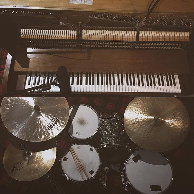 we recorded a few covers today :-) #nonpronto #pop #rock #pianotrio #singersongwriter #drums #bass #piano #chicagomusic