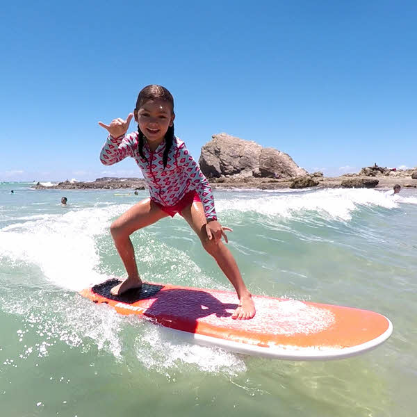 6 yr old Avery, the lucky winner of the Surf With TC Comp.