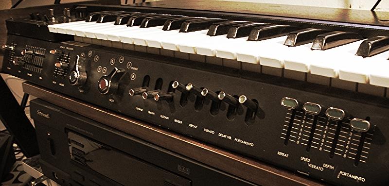 MiniKorg-700S