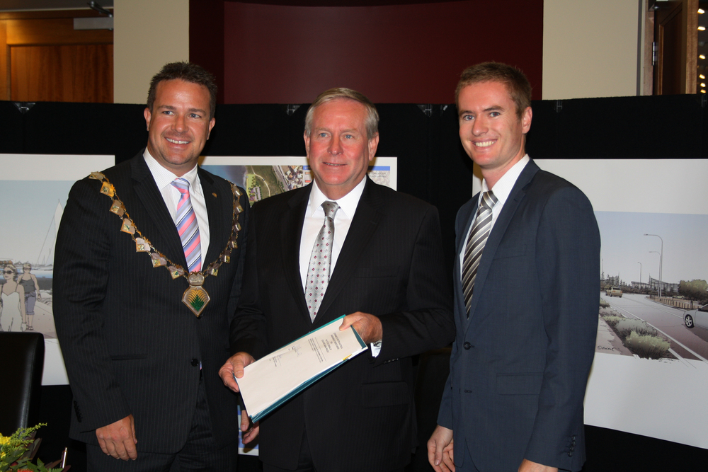 Albert with Premier Colin Barnett and Joondalup Mayor Troy Pickard after signing an MoU for the Ocean Reef Marina.