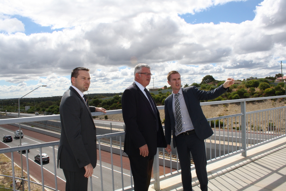 Albert discussing the Mitchell Freeway with Troy Buswell MLA and Joondalup MLA Jan Norberger