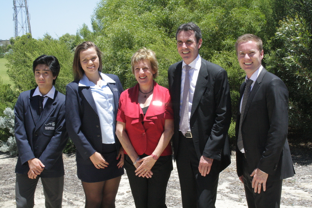 Albert and Minister Peter Collier MLC, with students and staff of Mindarie Senior College.