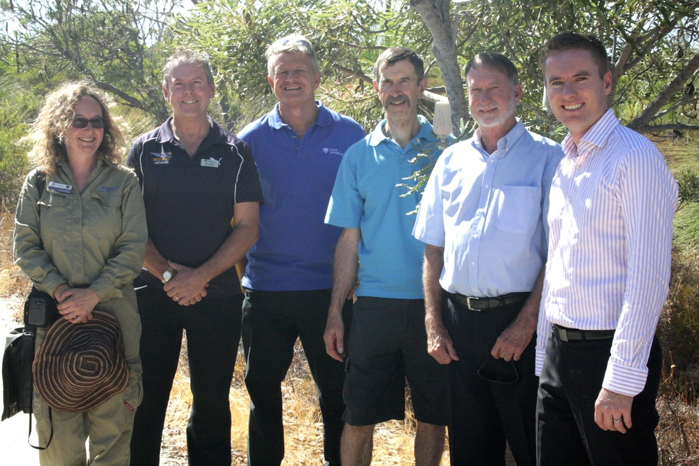 7 March 2014 - Community groups invited to apply for Banksia Woodland Grants