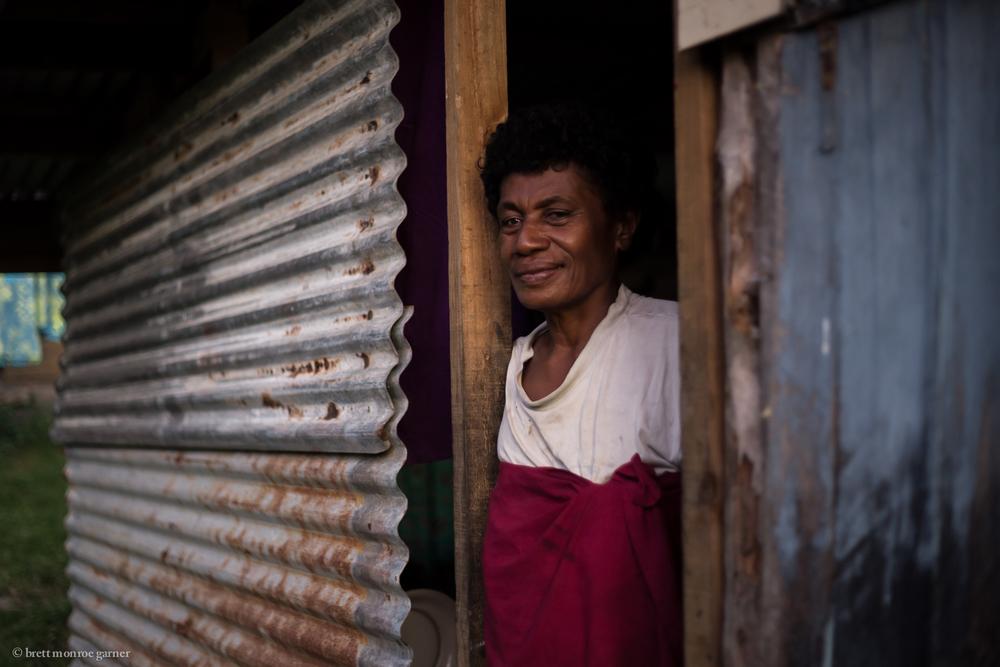Fijian Kian Woman-Brett Monroe Garner-9316