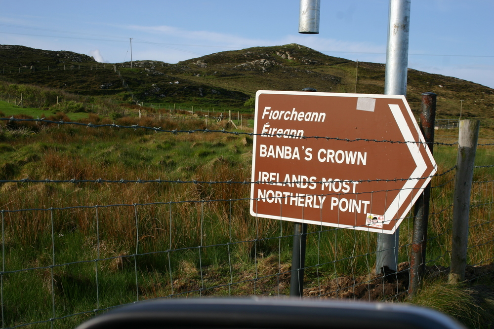 bambas crown sign.jpg