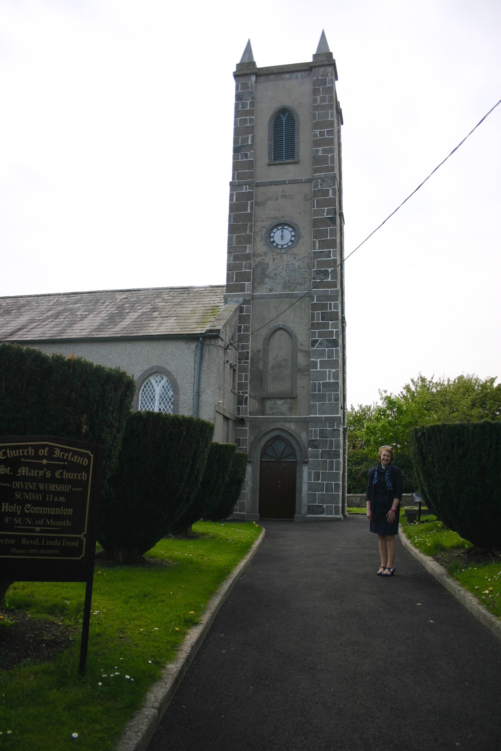rev linda at mohill.jpg