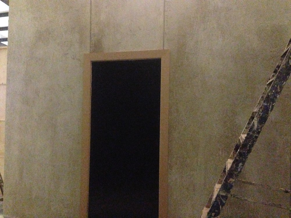 "Concrete look- set painting on ""The Hatton Garden Job"""