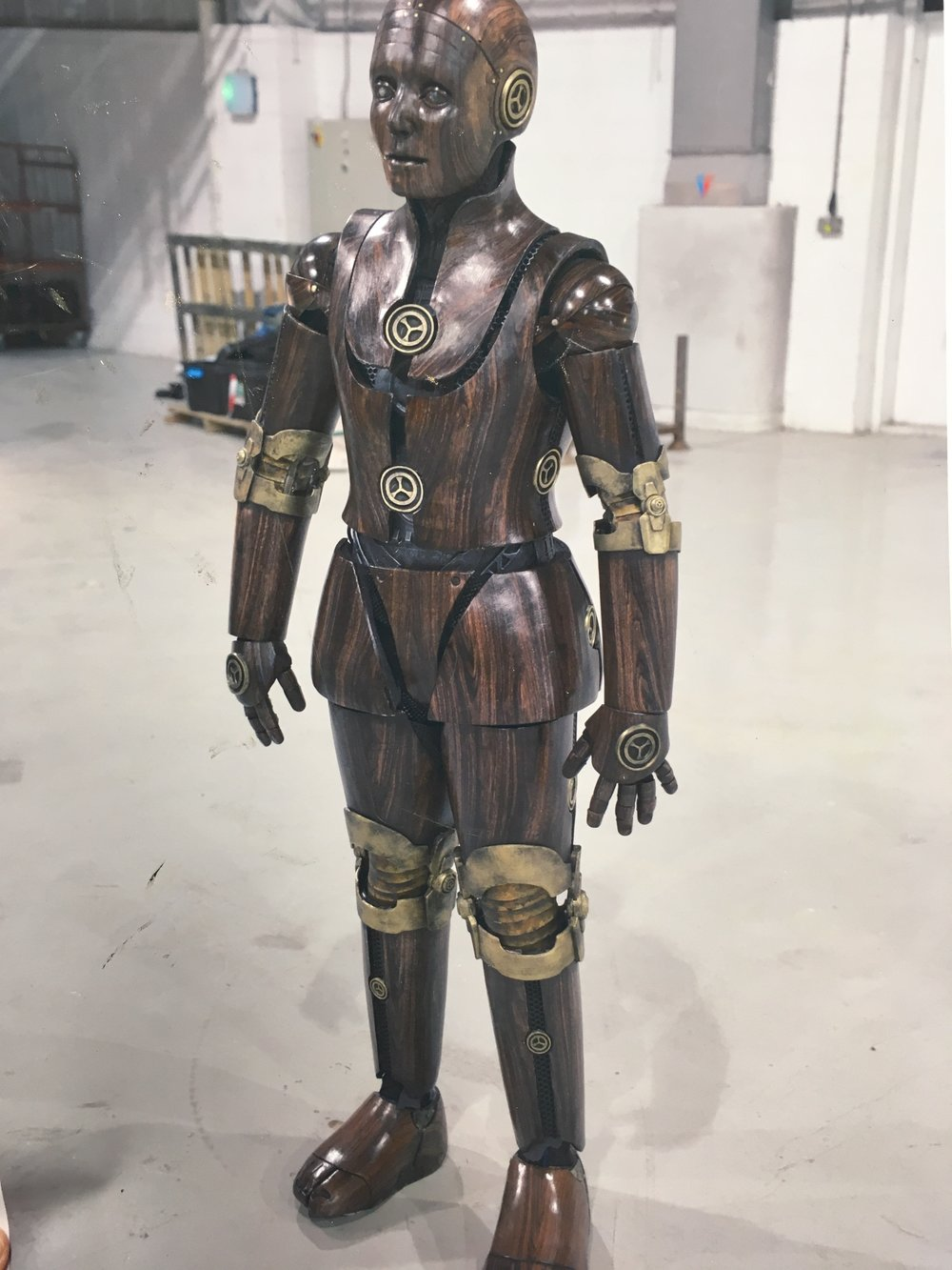 I helped fabricate this robot creature suit for Electric Dreams at KMEFFECTS ltd. Suit worn by Malik Ibheis