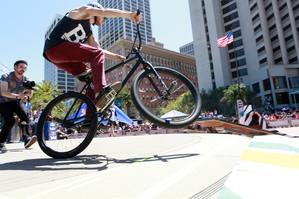 2014 Redbull RideNStyle Justin Hermann Plaza San Francisco Instagram @dayabay www.flickr.com/photos/dayabay