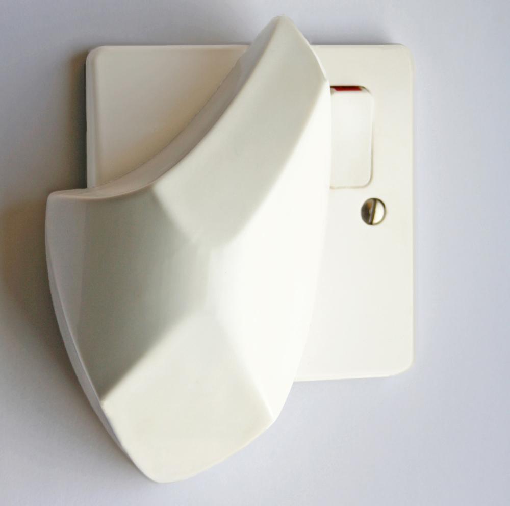 Oprillo Plug.jpg