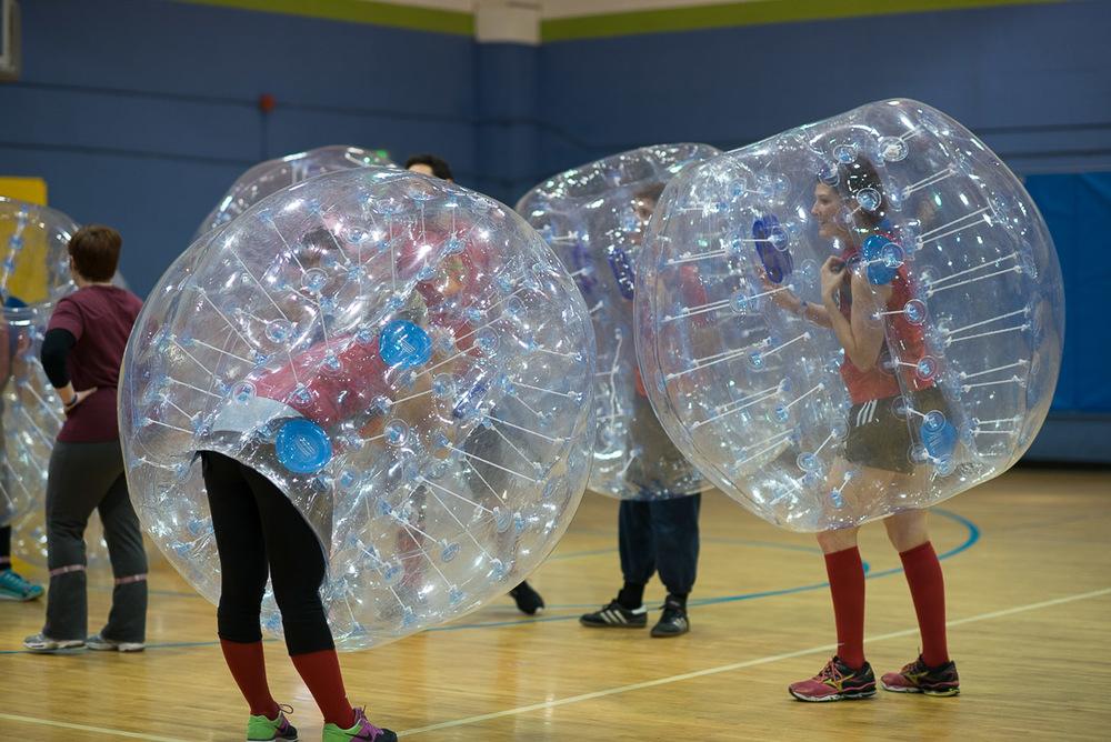 TWIF_Bubble_Futbol-3.jpg