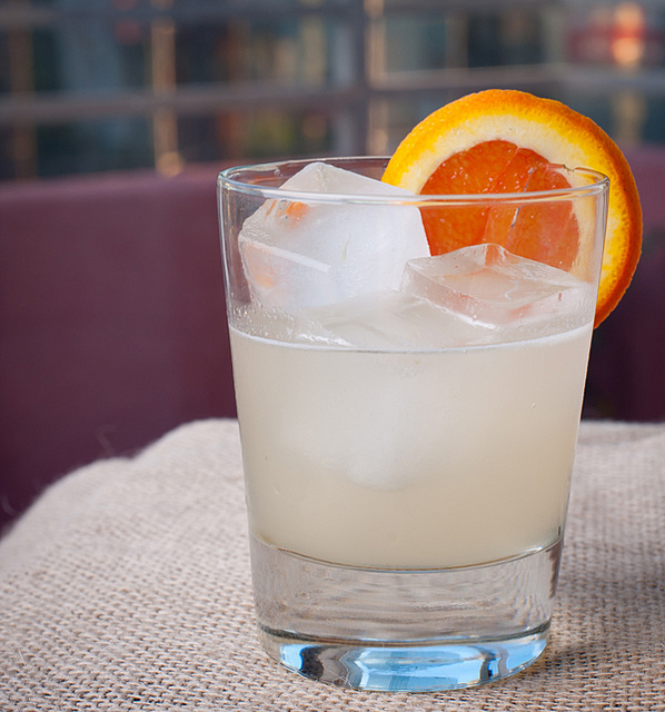 """""""Slice of Socal cocktail,"""" by Mike Newton. Licensed under Attribution-NonCommercial 2.0 Generic (CC BY-NC 2.0)."""