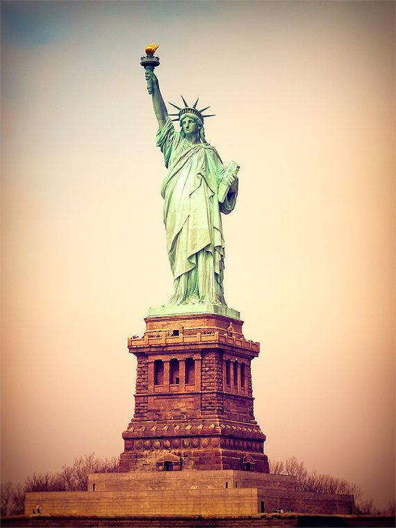 vintage_statue_of_liberty.jpg