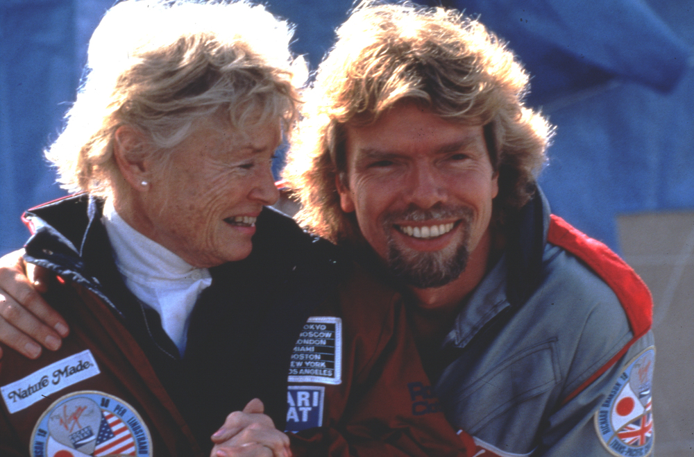 Richard and Eve Branson pic.jpg
